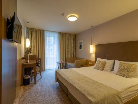 "Lux Grand Hotel Sava ****Superior <span class=""star""></span><span class=""star""></span><span class=""star""></span><span class=""star""></span><span class=""star""></span>"